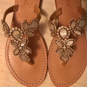 Mystique gold/mother of pearl leather sandals